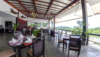 preview-panorama-at-the-gaia-hotel-and-reserve